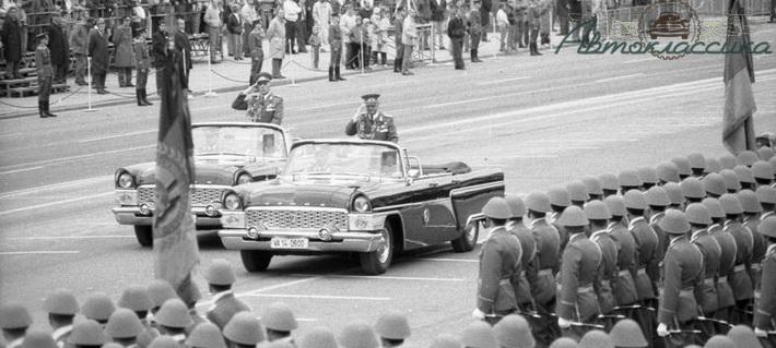Участие Чайки в государственных парадах