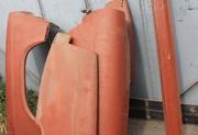 Комплект горьковских крыльев и пара порогов на газ 21.Все новое.