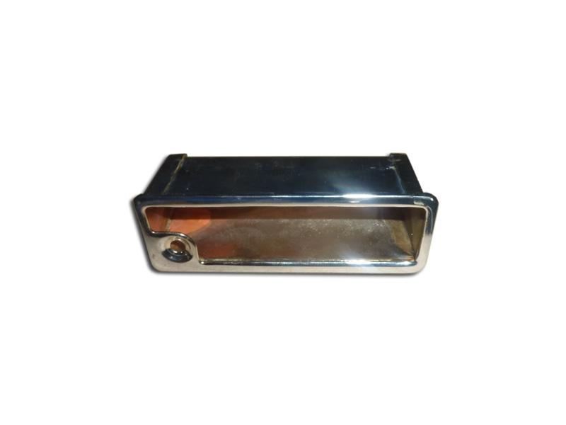 ash empf nger box auf einem r cken eines vordersitzes zum auto gaz 21 wolga kaufen lieferung. Black Bedroom Furniture Sets. Home Design Ideas