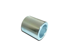 Tube spacer a filter cartridge of the oil filter of thin clearing